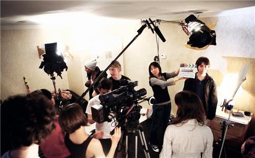 没有遮拦的a片_做一部最有创意的宣传片多少钱合适呢?-上海鸿阳宣传片制作公司
